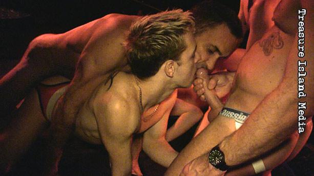Josh Taylor Gay Porn