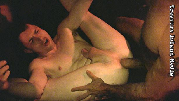 Big bruno fucks horny petite meldy till she squirt many time - 1 9